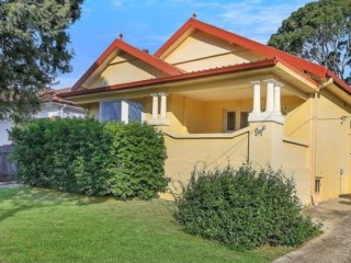 View profile: Best Street in Wentworthville! Walk to Station!