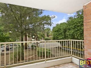 View profile: Outstanding 3 Bedroom Unit-Walk to Station!