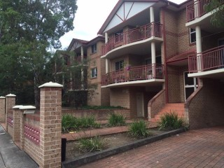 View profile: Large two bedroom unit in convenient location