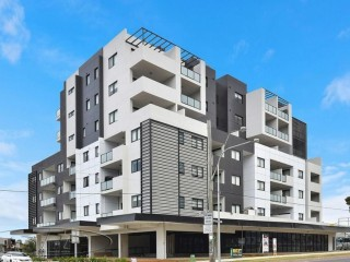 View profile: Luxurious Apartment-Walk to Westfield