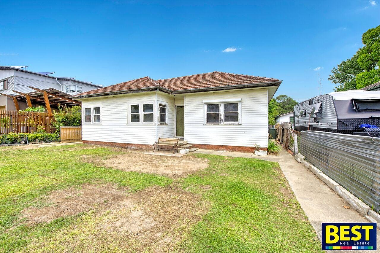 Huge 613sqm Block- Walk to Westmead & Station!