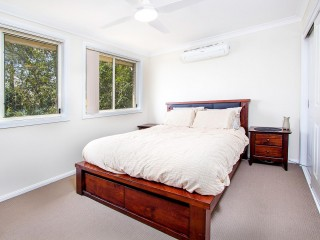 View profile: Outstanding Location! 7 Minutes' Walk to Station!