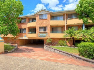 View profile: Fabulous unit in the heart of Wentworthville – boasts location and security!