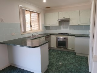 View profile: Perfect Location! Short Stroll to Station, Shops & Schools