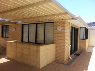 View profile: Outstanding 'Just Like Brand New'- 4 Bedroom Family Home
