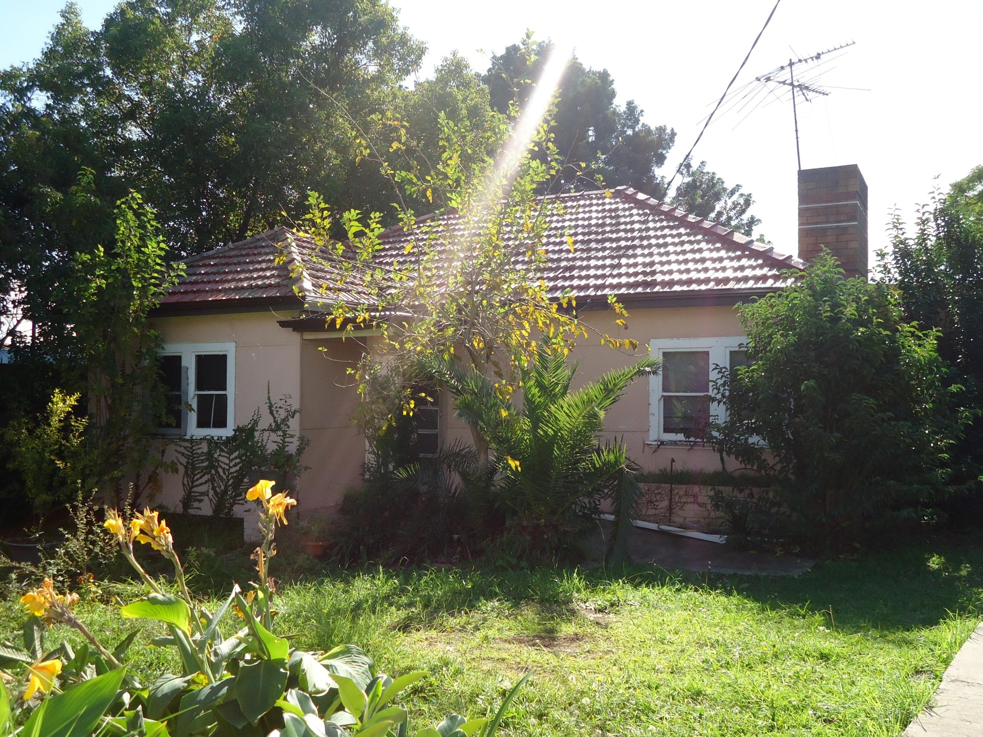 Situated in a sort after location of Wentworthville!!