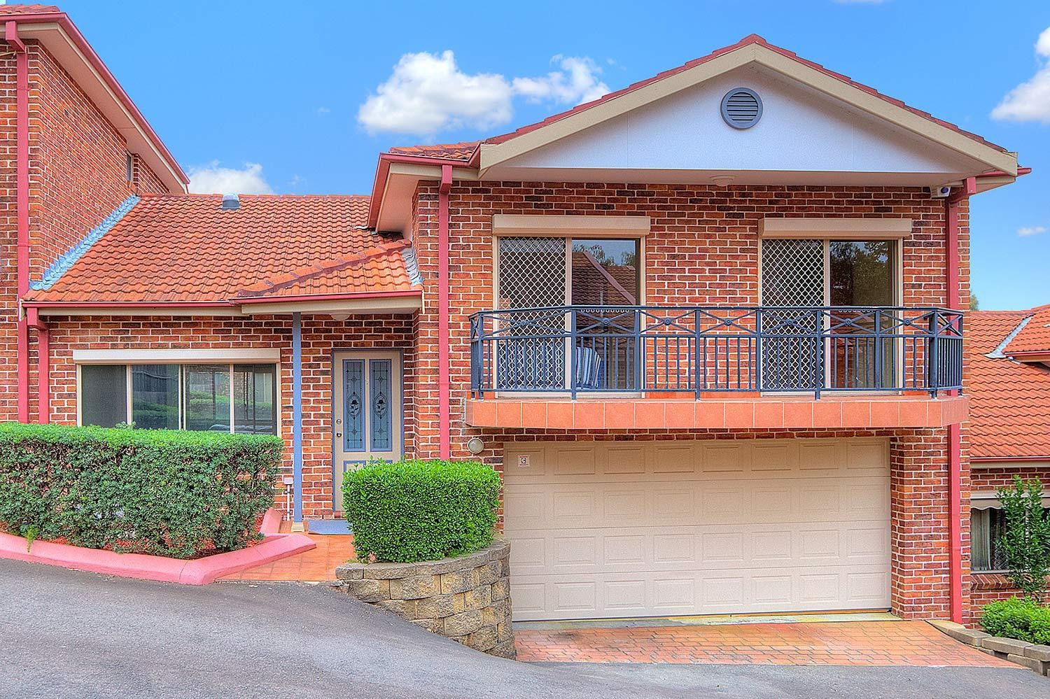 Outstanding Split Level with Double Garage!