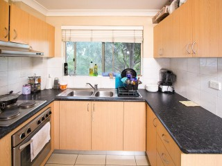 View profile: Outstanding Location- 5 Minutes to Station!