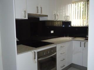 View profile: Large 3 Bedroom Unit!!!