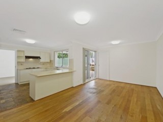 View profile: Huge Modern 5 Bedroom Home- Walk to Station!