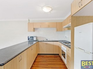 View profile: 5 Minutes Walk to Station & Gas Cooking!