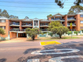View profile: This delightful sun filled 2 bedroom security unit!