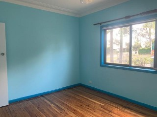 View profile: Excellent Location! Spacious 3 bedroom house! 1st Week Free Rent!