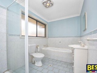 View profile: 3 Bathrooms! Two Bathrooms! Walk to Station!