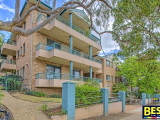 View profile: Excellent Unit-Walk to Station!