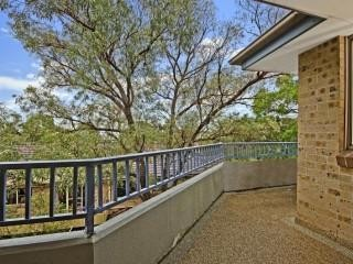 View profile: 2 Minutes Walk to Station!!