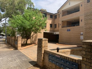 View profile: Fully Renovated 3 Bedroom Unit with Aircon!!!