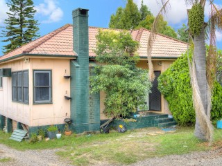 View profile: Quality Quiet Location- 2 Weeks Free Rent