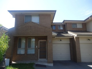 View profile: Large 4 bedroom house with study room and ducted air conditioning!