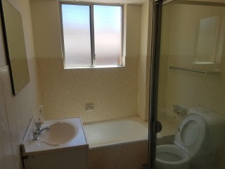 View profile: 2 Bedroom unit in ultra convenient location!