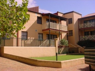 View profile: Spacious, well-looked after unit! Tandem Garage!