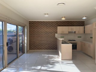View profile: 3 Bedrooms! 4 Bathrooms! Walk to Station!