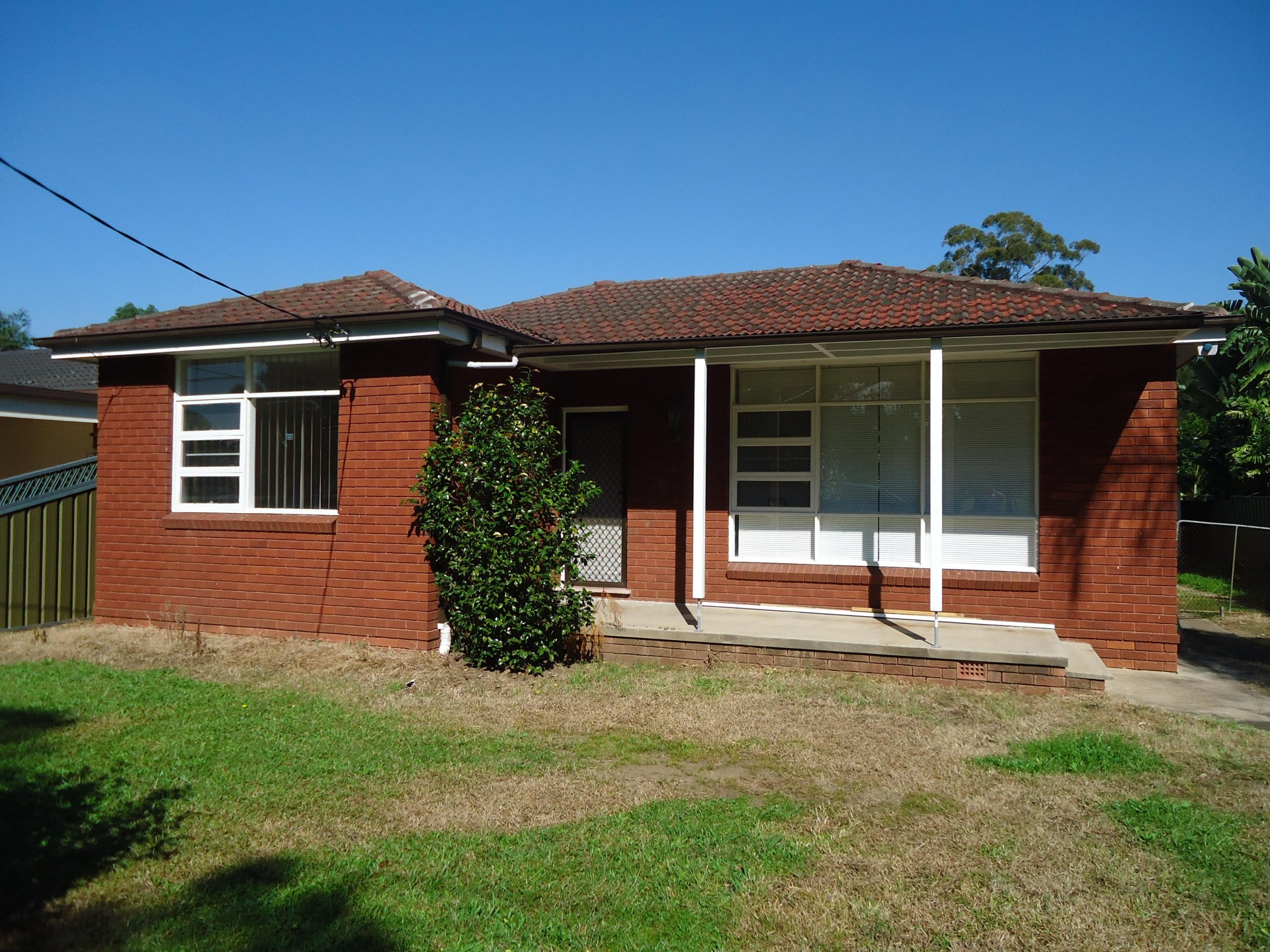 Freshly Painted 3 Bedroom Brick Home!! Perfect for a Family!!