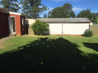 View profile: Freshly Painted 3 Bedroom Brick Home!! Perfect for a Family!!