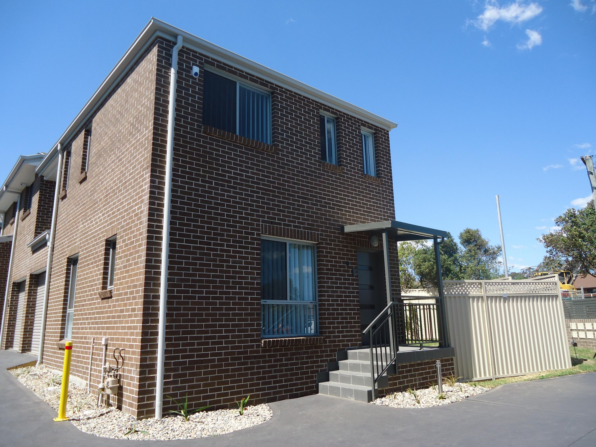 Brand new 3 bedroom large street facing townhouse!!