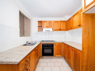 View profile: Renovated 2 Bedrooms in Excellent Location - with Gas Cooking!
