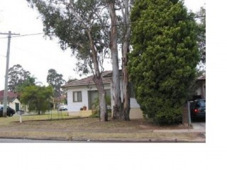 View profile: 3 Bedroom home plus study in convenient location
