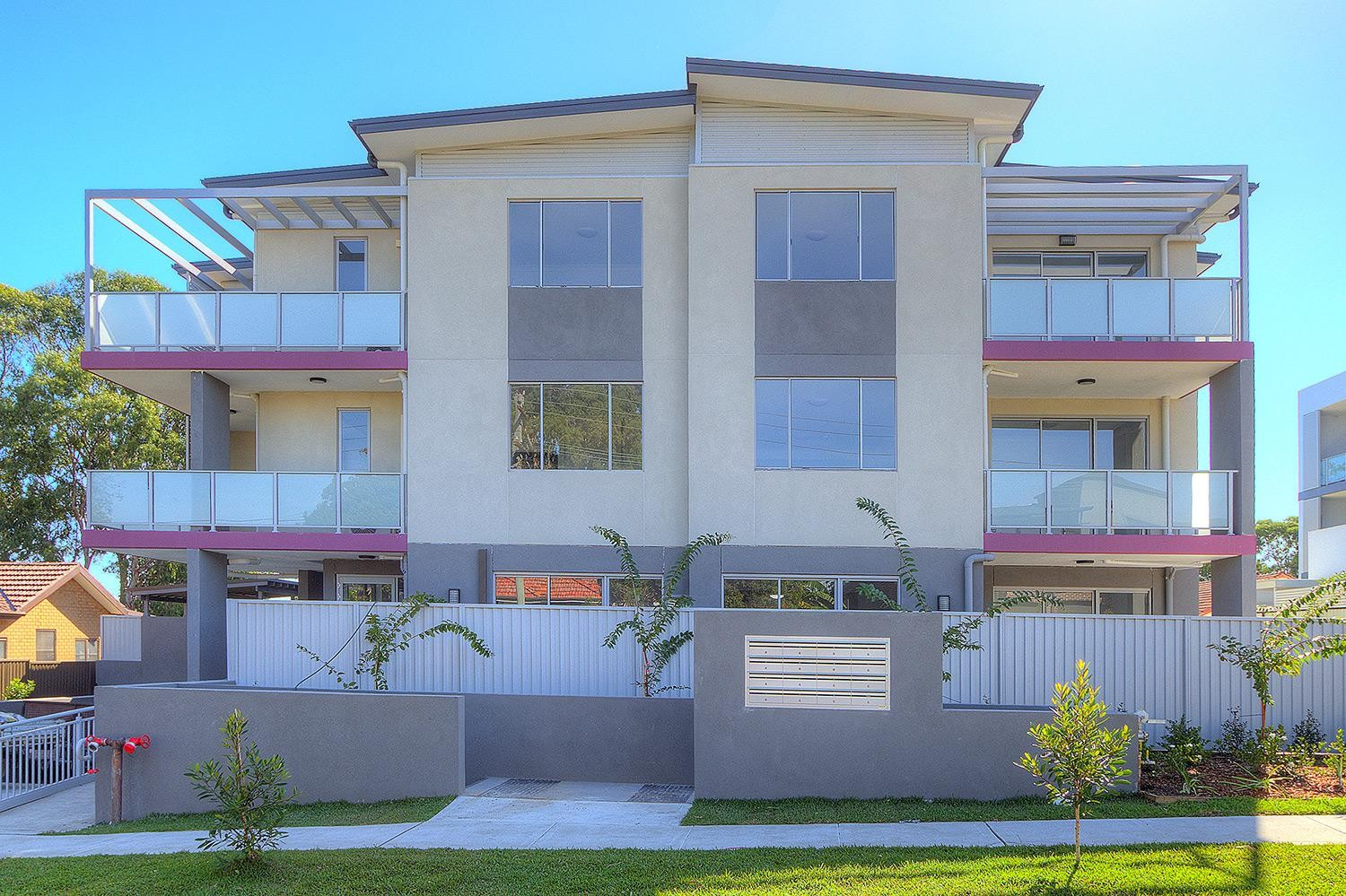 Stunning BRAND NEW Apartments! Completion in 3 Weeks!
