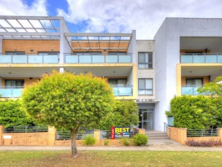 View profile: Walk to Westmead Hospital & Station!