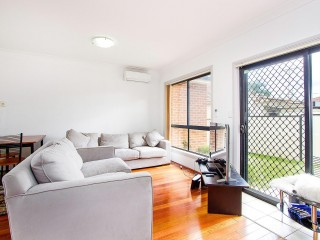 View profile: Best Value Villa in the Area! Low Strata Fees!